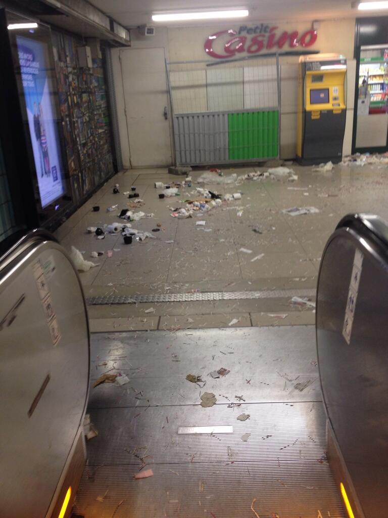 Gare Austerlitz - RER C - Crédit photo @Anneuh_Chatteuh