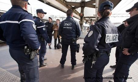 Plan Vigipirate niveau alerte attentat: la sécurité renforcée La-securite-dans-les-transports-en-commun