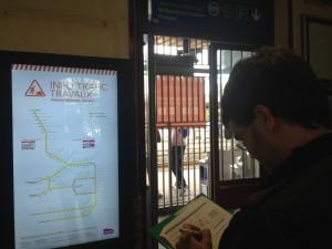 Ecran dynamique d'info travaux en gare de Savigny Sur Orge